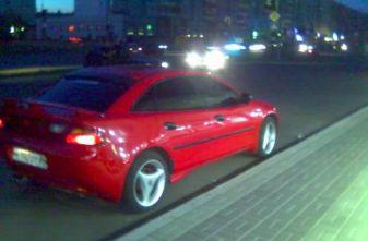Mazda 323F - отзыв владельца