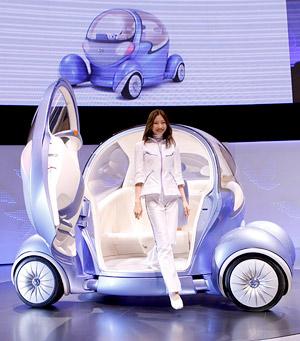 Токийский автосалон: компактные автомобильчики и концепткары