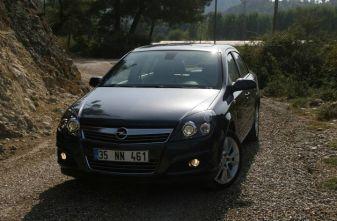 Тест-драйв Россия: Opel Astra Sedan / Опель Астра Седан