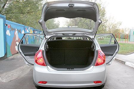 Корейская Kia догнала японский Nissan