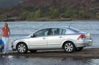 Opel Astra Notchback