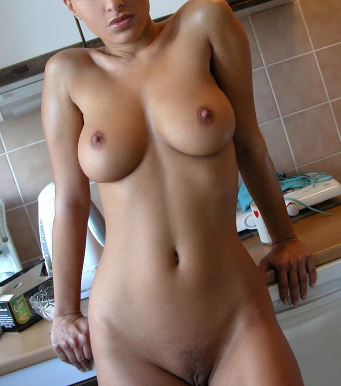 Sexy kaley cuoco nude