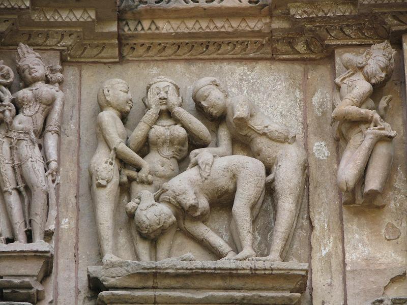 zherar-deparde-eroticheskie-stseni