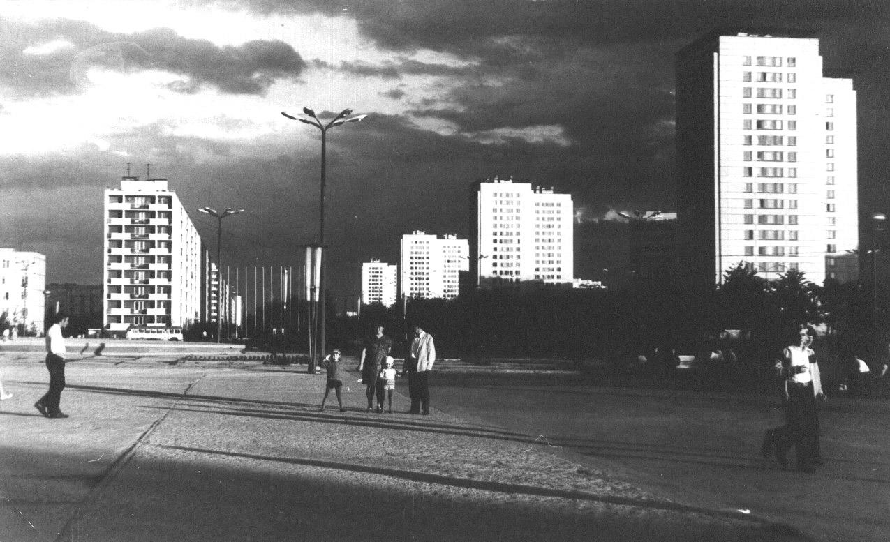 Зеленоград - пл Юности - Фотохостинг - национальный фотоархив, размещение частных фотографий, фотоальбомов.