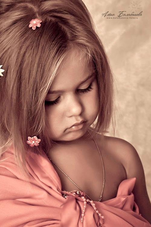 малышки девушки фото видео