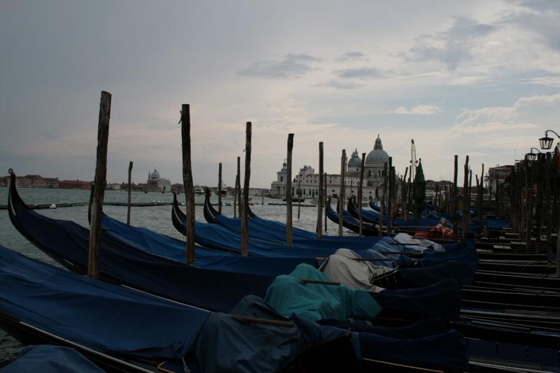 венецианская длинная лодка