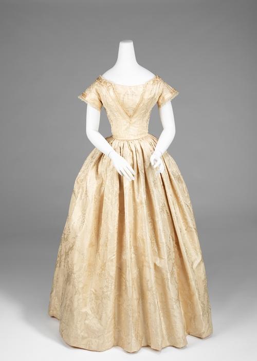 Женская платья 1840 года
