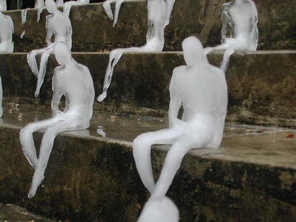 330969470 ea8c22ec43 o Melting Men by Nele Azevedo.