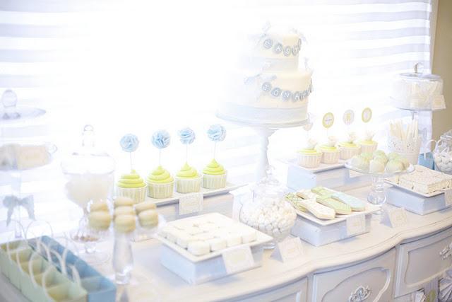 Бисквитный торт с вишней и сливками фото 6