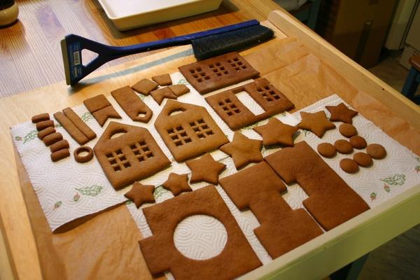 Как сделать пряничный домик своими руками из печенья