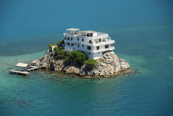 Огромные дома в остров Фтиотида