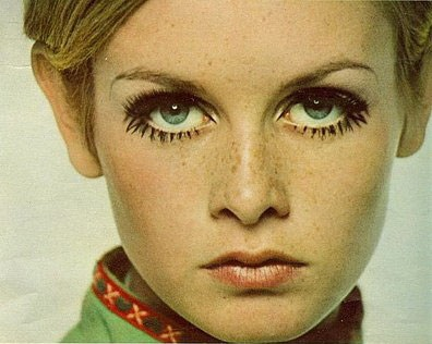 Twiggy make up: facepower