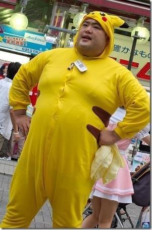 http://ljplus.ru/img4/i/l/il_kamerlengo/pikachu_cosplay.jpg