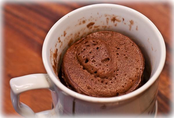 Шоколадный бисквит (bizcocho a la taza)