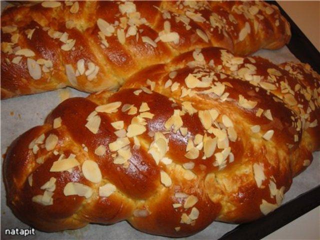 """Греческий Пасхальный хлеб """"Цуреки"""""""