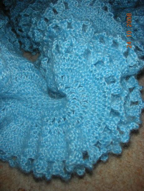 зимний шарф- спираль.