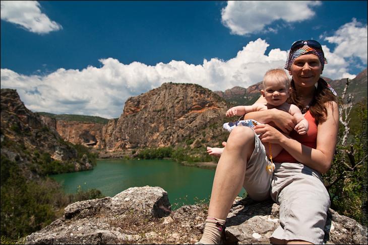 Юля и Лео в горах