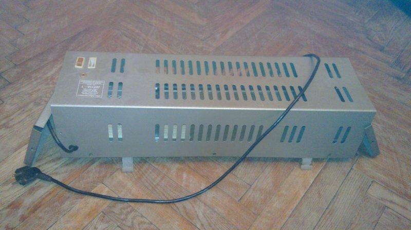 Электроростер для приготовления вафель Endever Skyline WM-20