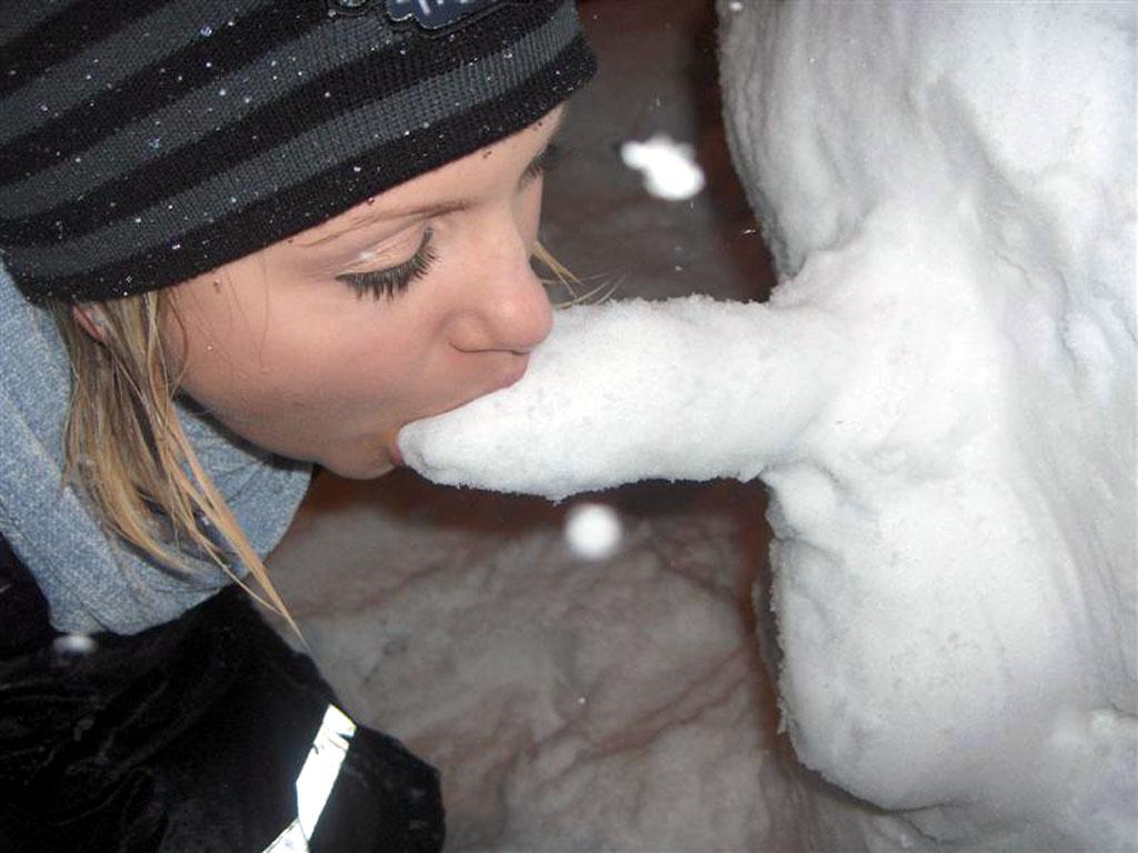 minet-zimoy-na-ulitse
