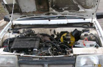 К лету 2004 года карбюратор заменили 16-клапанным инжектором, на двигатель машины решили установить турбину...