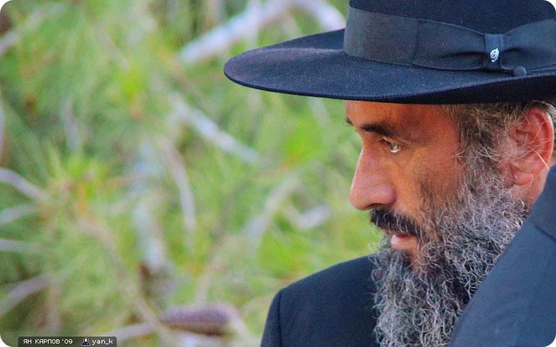 Суровые дядьки в шляпах собираются со всего света, чтобы поддержать