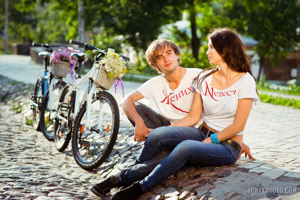 Прическа для свадьбы в футболках