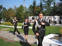 Все-таки у кадетов первой школы форма красивая. Смена их караула - один из весьма заметных и достаточно зрелищных элементов митинга.