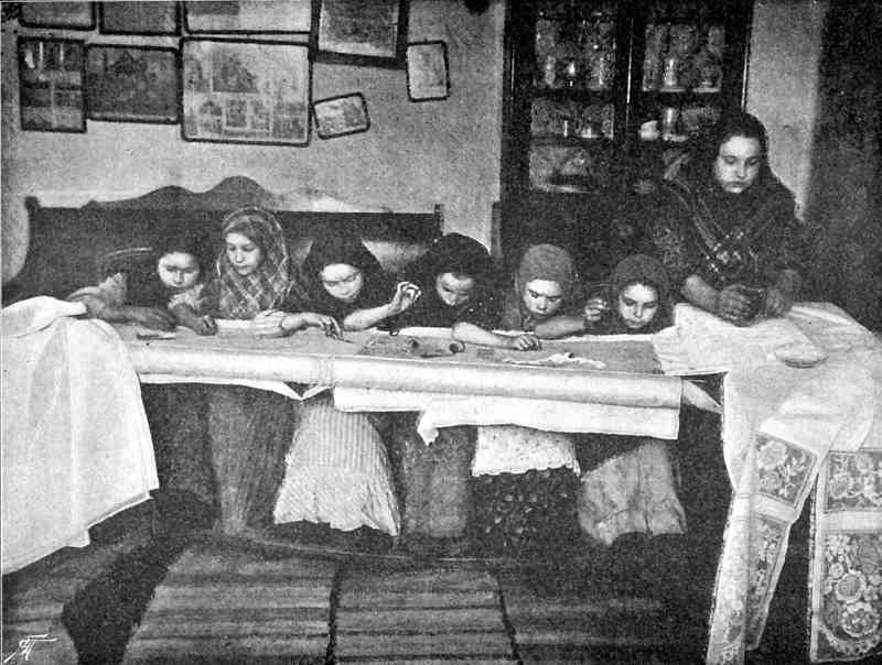 1890eNA_vyshivanie_uzorov_po_polotnu_s_K