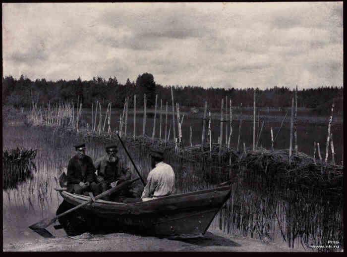 1892Vishnyakov_rybolovny_zakol_pri_vpade