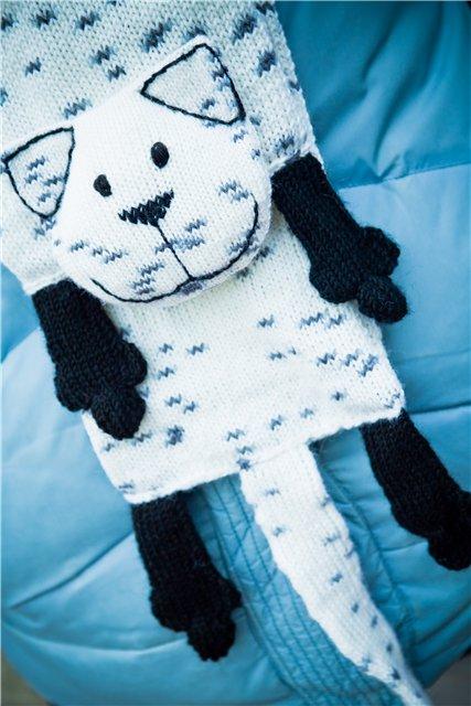 Черно-белый котошарф