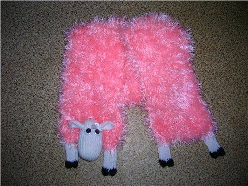 Розовый овцешарф