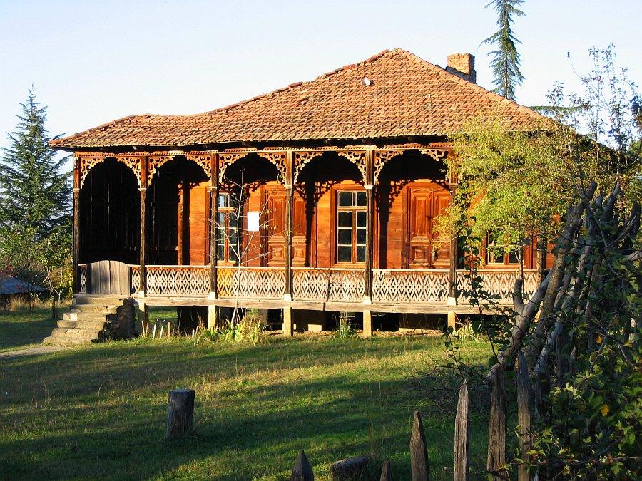 четырех крестьянские дома в кахетии фотографии рекомендую