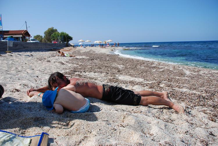 Порно видео ебля на пляже hd качестве