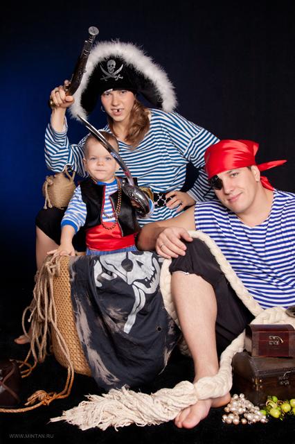 биографии вовчика фотосессия втроем в стиле пираты состав блюда
