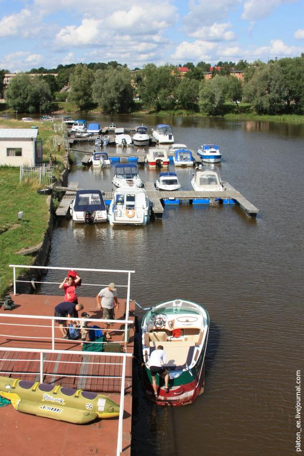 Лодочный причал в Тарту